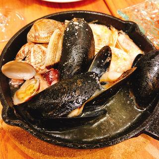 魚介のアヒージョ