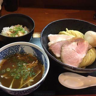 濃厚つけ麺+特製トッピング+とりめし(つけ麺 舞)