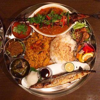秋刀魚ターリー(インド食堂  アンジュナ )