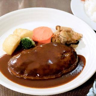 ハンバーグステーキ(はり重グリル (ハリジュウグリル))