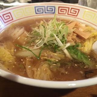 辛口白菜ラーメン(いせのじょう 高架下店 )