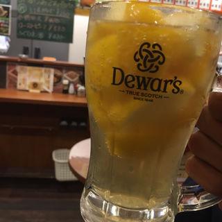 極旨ごろごろレモンハイボール(新橋立呑処 へそ 札幌大通店)