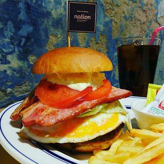 厚切りベーコンエッグバーガー(Nation diner)