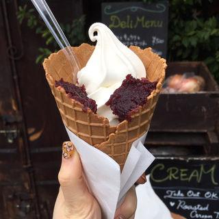 ソフトクリーム サングリアジャム(Rue Favart (リュ・ファヴァー))