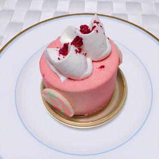苺とメープルのムース(パティスリー アーブル)