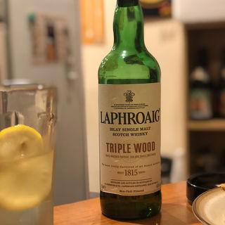 LAPHROAIG TRIPLE WOOD(家庭の味 ほろよい)
