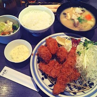 かきふらいとヒレ膳+デザート(とんかつ浜勝福岡百道HP店 (はまかつ))