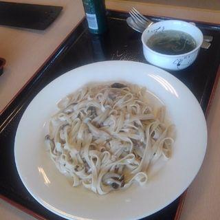 クリームソース蕎麦パスタ(ほっといん鳥海 )