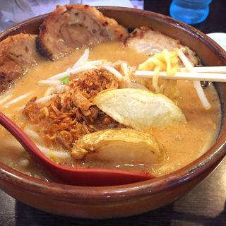北海道味噌 炙りチャーシュー麺(麺場 田所商店 本店)
