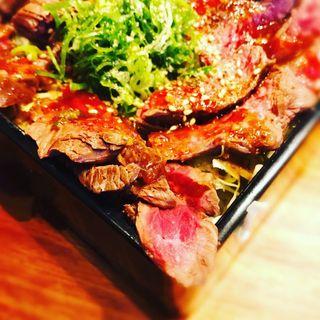 鉄板ハラミステーキ重 200g スープ付き(梅田肉料理 きゅうろく)