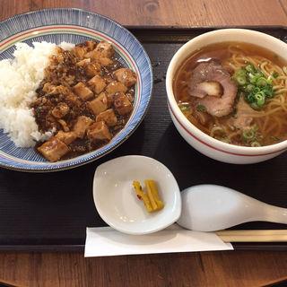 麻婆豆腐丼と汁そば(海月食堂 (くらげしょくどう))