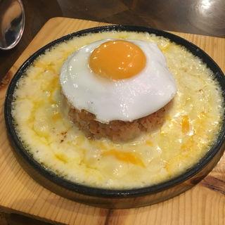 チーズ鉄板マグマ(モンナンカムジャ)
