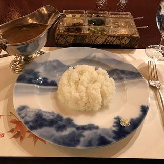 伝統のビーフカレー(菊華荘 (きっかそう))