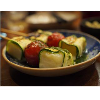 モッツァレラの野菜巻き(やさい串巻き なるとや)