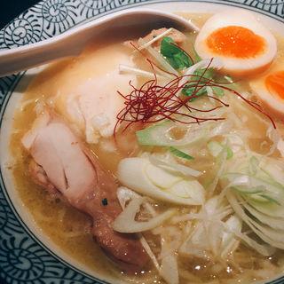 濃厚鶏白湯らーめん(麺屋 武一 横浜関内店)