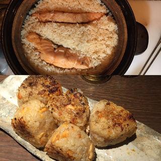 鮭の焼きおにぎり(ぽんしゅや三徳六味)