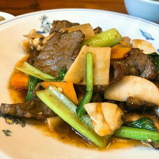 牛肉とキノコのオイスターソース炒め(上海ブラッセリー (シャンハイブラッセリー))