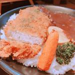 オリーブオイルで揚げたカツカレー(E-itou Curry(エイトカリー))