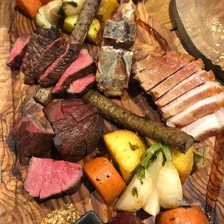 ローストミートと焼き野菜の盛り合わせ(bistro & grill me at park)
