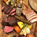 ローストミートと焼き野菜の盛り合わせ