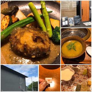 ハンバーグ(醍醐焼肉 ぎふと)