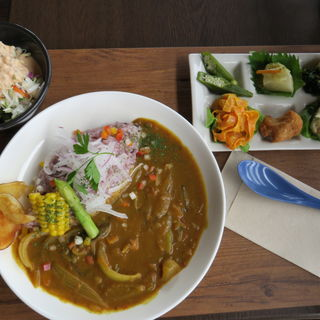 日替わりカレー(レストラン たりとっと (Restaurant Taritotto))
