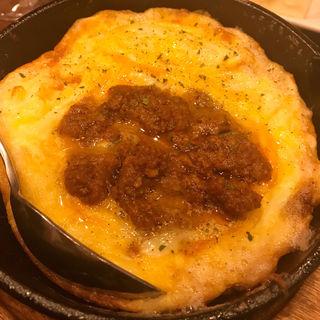 自家製ミートのチーズオムレツ(ピッツァ&ビュッフェバルesola戸塚)