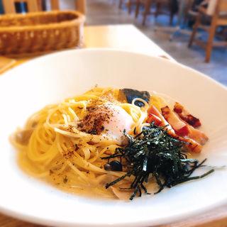 厚切りベーコンと半熟卵の豆乳カルボナーラ(こなな ルミネエスト店 (CONANA))
