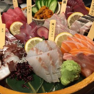 刺し盛り 大漁(とびっきり旨い酒と魚 東新漁港)