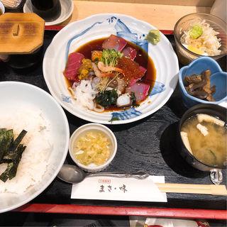 特上海鮮丼(大衆割烹 まさ味)