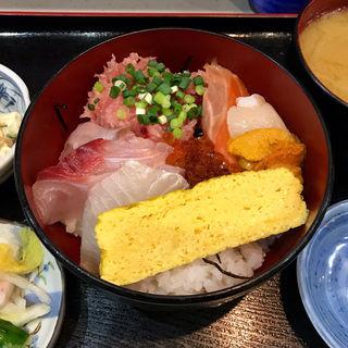 海鮮丼(魚谷 )