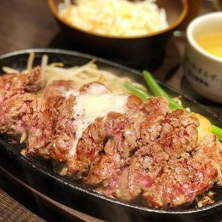 タケルステーキ レギュラー200g ( ライス・スープ・サラダ付 )(1ポンドの ステーキ ハンバーグ タケル 福島店 )