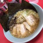 豚骨醤油チャーシュー麺