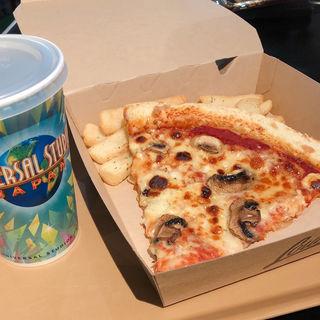 ピッツァセット クワトロフォルマッジ(ルイズ N.Y. ピザ パーラー (Loui's N.Y. Pizza Parlor))