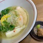 鯛塩ラーメン(麺や 鯛清 (MENYA TAISEI))