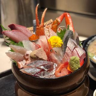 新潟県で食べられる海鮮丼ランキング | SARAH[サラ]