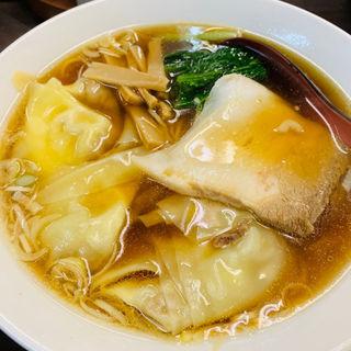 ワンタン麺(天下一 新橋店)