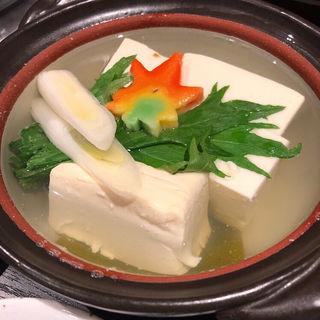 湯豆腐(シオリヤ太陽族)