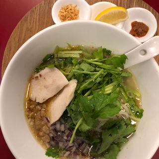 ベトナム風パクチーラーメン(藤一番 新栄店 )