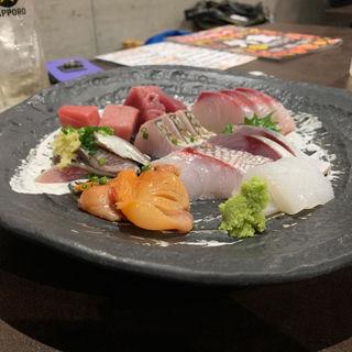 鮮魚刺身のっけ盛り(山本魚吉商店)