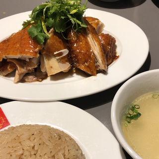 ローストチキンライス(威南記海南鶏飯 銀座EXITMELSA店 (Wee Nam Kee Chicken Rice/ウィーナムキーチキンライス))
