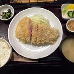Tokyo X 特ロースかつ定食(200g)