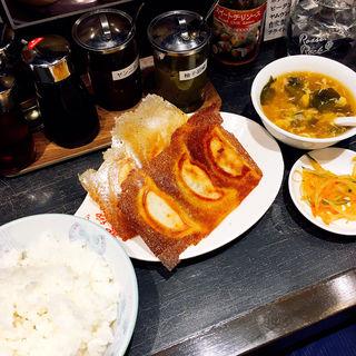 焼き餃子定食(ホアンヨン 大森店)