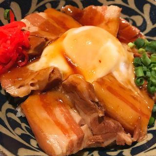 ラフテー丼定食(ちゅら屋 相鉄ジョイナス店)