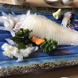 イカの活き造り(食事処マルタ活魚 )