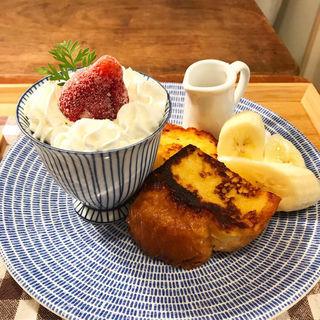 チョコレートババロア&フレンチトースト (aurinko cafe)