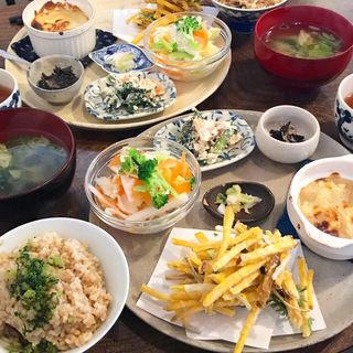 すみれプレート(大衆食堂すみれ )