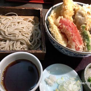 天丼と蕎麦のセット(銀杏 (ぎんなん))
