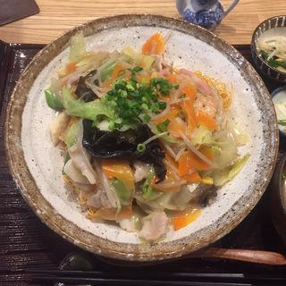 皿うどん(九州料理 居酒屋かてて 新橋店 )
