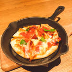 4種のチーズのマーマレードピザ